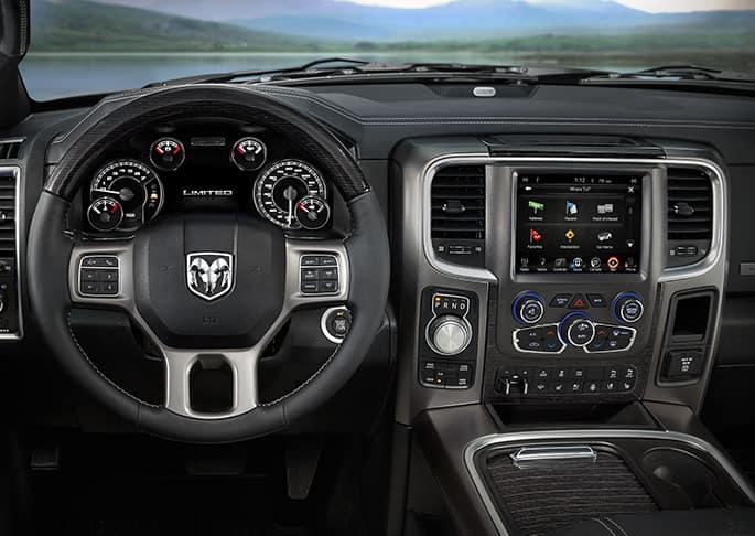 2016 ram 1500 vs 2016 chevy silverado comparison review by len stoler dodge chrysler jeep owings. Black Bedroom Furniture Sets. Home Design Ideas