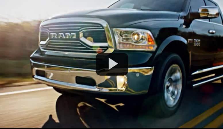 Miniatura de Ram 1500 Laramie Limited en el debut en Chicago Auto Show