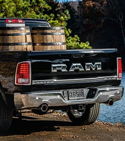 Ram 1500 Limited tailgate thumb