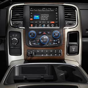 ram3500-interior-Uconnect-climate-controls-thumb