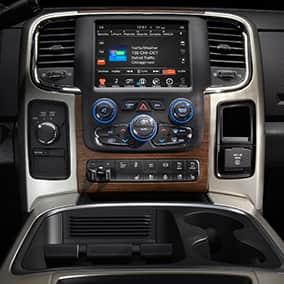 ram3500 interior uconnect climate controls thumb - Dodge Ram 3500 2016