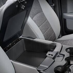 ram3500-interior-center-console-storage-thumb