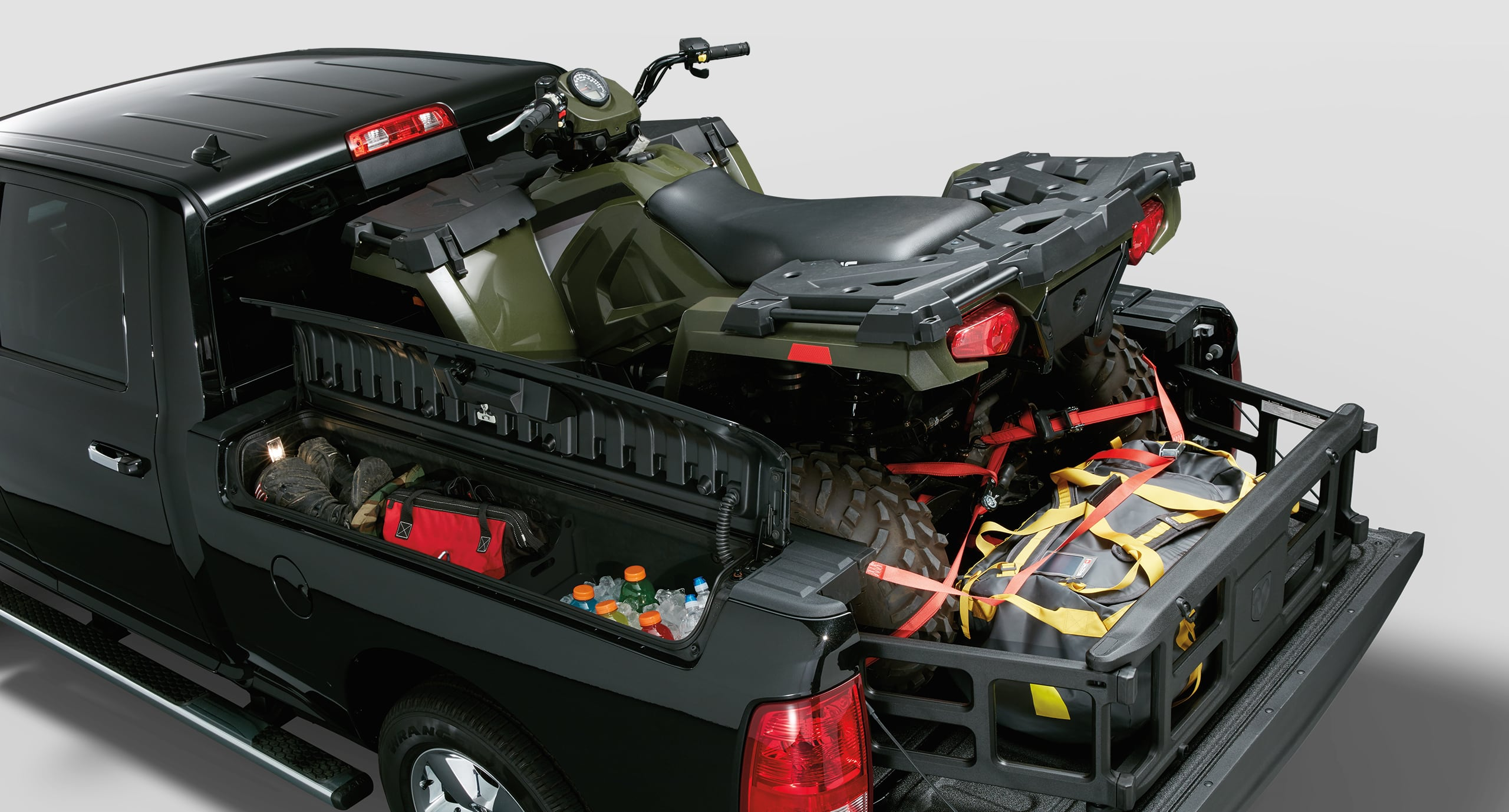 2018 Ram Trucks 2500 Exterior Features To Take On Any Job Truck Oem Trailer Wiring Harness Rambox Cargo Management System