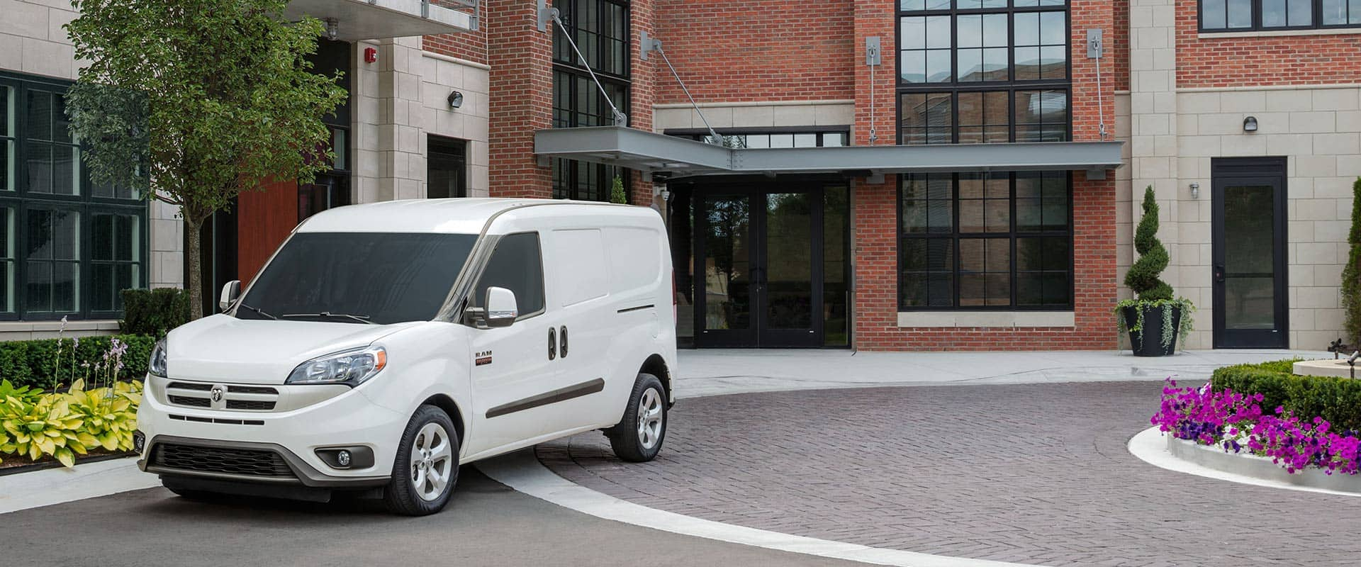 Now get up to $3,000 combined Conquest cash plus $500 Commercial cash on 2018 Ram ProMaster City.