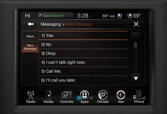 Tablero Uconnect® con comandos de voz, llamadas e indicaciones